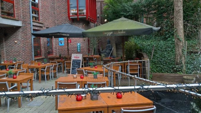 "Ресторан ""Opus Latino"", Брюгге. Терраса."
